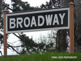 broadway_station_sign