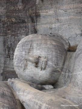 stone_buddah_sleeping